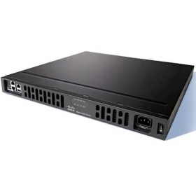 Маршрутизатор Cisco ISR 4331 UC Bundle, PVDM4-32, UC License, CUBEE10 (ISR4331R-V/K9)